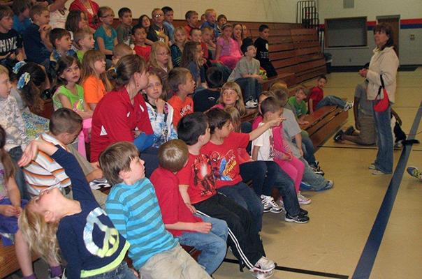 May 17-23: National Dog Bite Prevention Week - Manitowoc grade school presentation